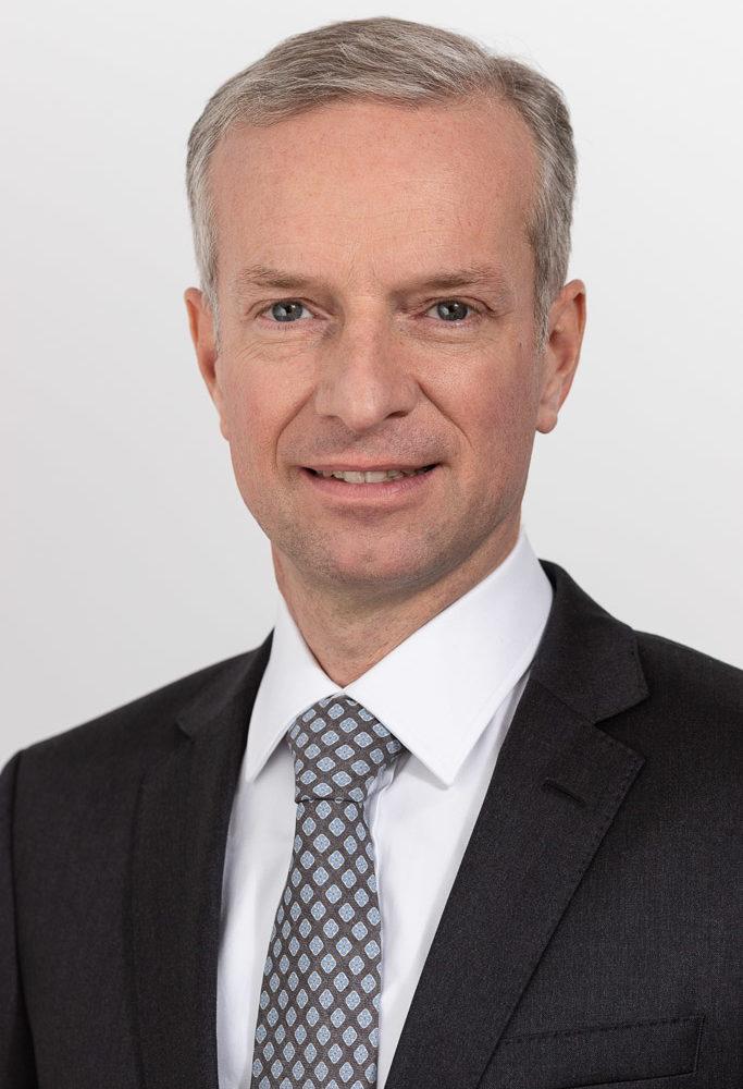 Dr. Erwin Senoner der Rechtsanwaltskanzlei Celar Senoner Weber-Wilfert